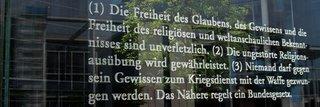 image of Gastvortrag von Heiner Bielefeldt: Religionsfreiheit angesichts religiös inszenierter Gewalt. Plädoyer für eine menschenrechtliche Strategie