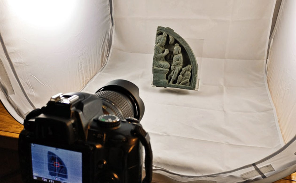 image of When in Rome, do as the Researchers do: Project on Buddhist Sculptures