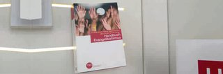 image of Bundeszentrale für politische Bildung verlegt Handbuch Evangelikalismus